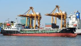 BANGUECOQUE, fevereiro 26,2015: Autoridade portuária de Tailândia fotos de stock