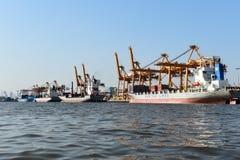 BANGUECOQUE, fevereiro 26,2015: Autoridade portuária de Tailândia fotografia de stock