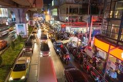 Banguecoque, Tailândia agosto 24,2016: trânsito intenso em Siam Square Banguecoque, Tailândia Imagem de Stock