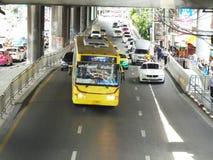 Banguecoque-Tailândia: Condições flexíveis do tráfego em seis stre da pista Fotos de Stock Royalty Free