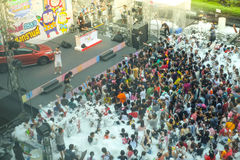 BANGUECOQUE, TAILÂNDIA - 14 DE ABRIL DE 2016: Festival 2016 de Songkarn (tailandês fotos de stock