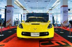 BANGUECOQUE TAILÂNDIA - 23 DE AGOSTO DE 2014: Chevrolet Corvette Z06 2015 na venda grande do motor, Bitec Bangna, Banguecoque Tai Foto de Stock