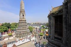 BANGUECOQUE, TAILÂNDIA - 15 de dezembro de 2014: Wat Arun (Temple of Dawn) Fotos de Stock