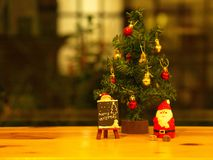 Banguecoque, Tailândia - 19 de dezembro de 2017 Feliz Natal Toy Deco Foto de Stock