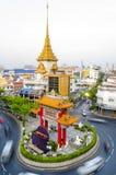 BANGUECOQUE, TAILÂNDIA - 8 DE FEVEREIRO DE 2017: Passagens do tráfego com o qui Foto de Stock Royalty Free