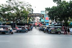 Banguecoque, Tailândia - 23 de fevereiro de 2017: O mercado de Bobae é o centro de Foto de Stock Royalty Free