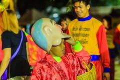 Banguecoque, Tailândia - 29 de janeiro de 2017: Te não identificado da dança de leão Imagens de Stock