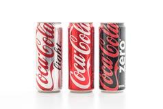 Banguecoque, Tailândia - 22 de maio de 2017: Coca-Cola é um delicado carbonatado Imagem de Stock Royalty Free