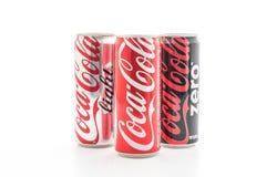 Banguecoque, Tailândia - 22 de maio de 2017: Coca-Cola é um delicado carbonatado Foto de Stock Royalty Free