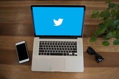 BANGUECOQUE, TAILÂNDIA - 17 DE MAIO DE 2016: Aplicação de Twitter, logotipo o Fotografia de Stock Royalty Free
