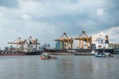 Banguecoque, Tailândia - 11 de maio de 2017: Autoridade portuária de Banguecoque de Tha imagens de stock royalty free