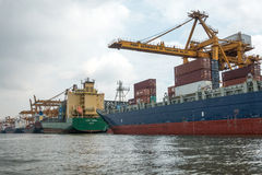 Banguecoque, Tailândia - 13 de maio de 2017: Autoridade portuária de Banguecoque de Tha fotografia de stock