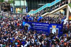 Banguecoque, TAILÂNDIA - 19 de maio de 2016: A cidade de Leicester chega em Banguecoque aos heróis na estrada de Sukhumvit no 19  Imagem de Stock Royalty Free