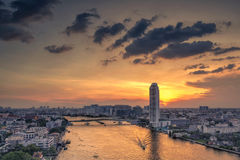Banguecoque, Tailândia 16 de novembro Condomínio caro do rio de Junladit no dus Foto de Stock