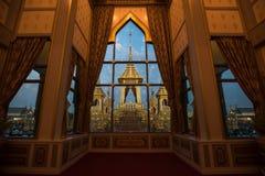 Banguecoque, Tailândia - 4 de novembro de 2017: O crematório real do rei imagem de stock