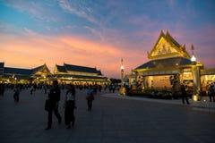 Banguecoque, Tailândia - 4 de novembro de 2017: O crematório real do rei foto de stock