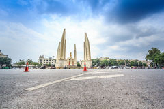 Banguecoque, Tailândia - 19 de outubro de 2016: Monumento Anusawar da democracia Foto de Stock Royalty Free
