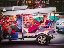 Banguecoque, Tailândia em dezembro de 2017: Songkran e verão em tailandês foto de stock