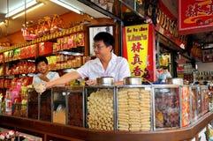 Banguecoque, Tailândia: Loja de alimento de Lim Imagens de Stock Royalty Free