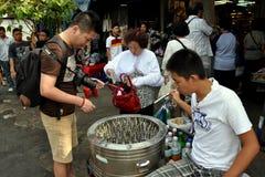 Banguecoque, Tailândia: Mercado do fim de semana de Chatuchak Imagens de Stock