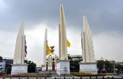 Banguecoque, Tailândia: Monumento da democracia Fotos de Stock Royalty Free