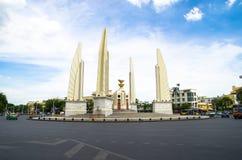 Banguecoque, Tailândia: Monumento da democracia Foto de Stock Royalty Free