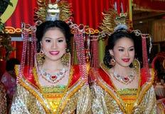 Banguecoque, Tailândia: Mulheres na roupa chinesa Imagem de Stock