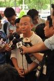 Banguecoque/Tailândia - 08 05 2013: O bloco amarelo das camisas e ocupa Lumphini Imagem de Stock Royalty Free