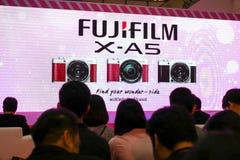 BANGUECOQUE, TAILÂNDIA - 20 DE FEVEREIRO DE 2018: Revele o evento de Fujifilm fotografia de stock