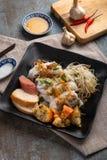 Banh豺属被充塞的薄煎饼或蒸的滚动的米薄煎饼 简单,健康和可口,banh豺属什么时候是必须在越南 库存图片