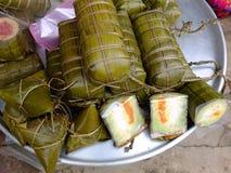 Banh tet, en vietnamesisk traditionell sötad kaka Arkivbilder