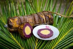 Banh Tet, spécialité visqueuse et locale cylindrique au Vietnam Images libres de droits