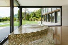 Banheiro bonito Imagem de Stock Royalty Free