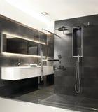 Banheiro com o chuveiro de chuva moderno Imagens de Stock