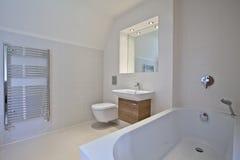 Banheiro contemporâneo luxuoso Fotos de Stock