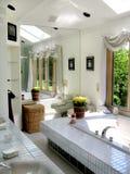 Banheiro de Contempory Fotos de Stock Royalty Free