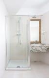Banheiro do hotel do estilo Fotografia de Stock