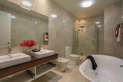 Banheiro home luxuoso Fotografia de Stock