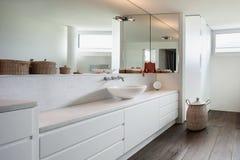 Banheiro interior, confortável fotos de stock royalty free