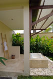Banheiro Semi ao ar livre do recurso Fotografia de Stock