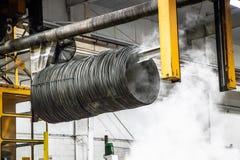 Banho de aço na fabricação e instalação de produção de aço do tratamento imagem de stock