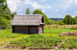 Banho de madeira do russo tradicional Imagem de Stock
