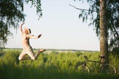 banhoppningnaturkvinna Fotografering för Bildbyråer