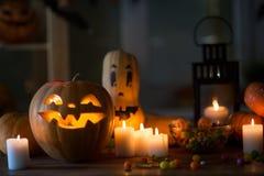 Bania i cukierek Halloween zdjęcie stock