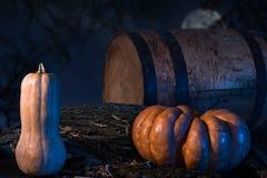 Bania W lesie Przy nocą zdjęcie stock