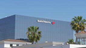 Bank of Americabyggnad i Beverly Hills - Kalifornien, USA - mars 18, 2019 arkivfilmer
