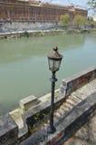 Bank av floden Tiber Royaltyfri Fotografi