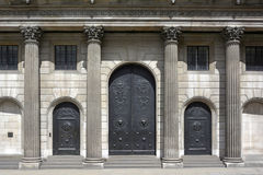 Bank of England doors. Closed doors to the Threadneedle Street entrance to the Bank of England building Stock Photo