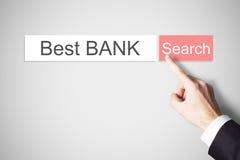 Bank för driftig för webbrowser för Businessmans finger bästa knapp för sökande Arkivfoton