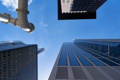Bank lub biuro jako drapacze chmur w Frankfurt magistrala - Am - obrazy stock
